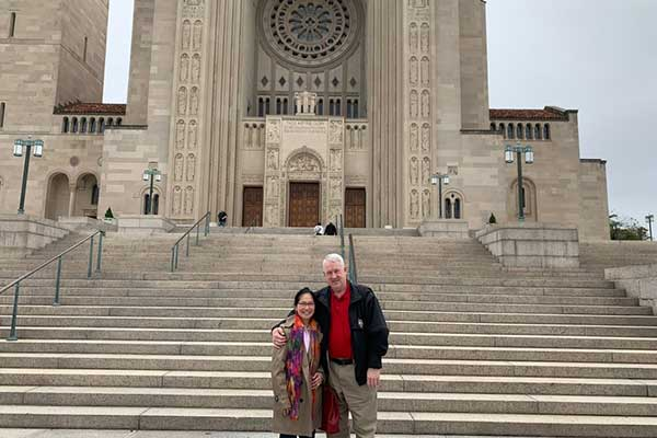 couple on a private specialty tour